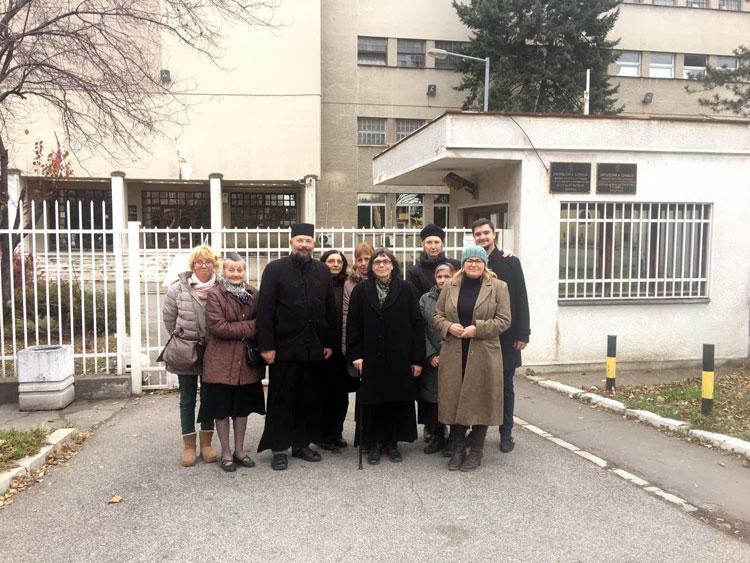 Мисионари Милосрдне секције Цркве Светог Александра Невског и јереј Глигорије Марковић