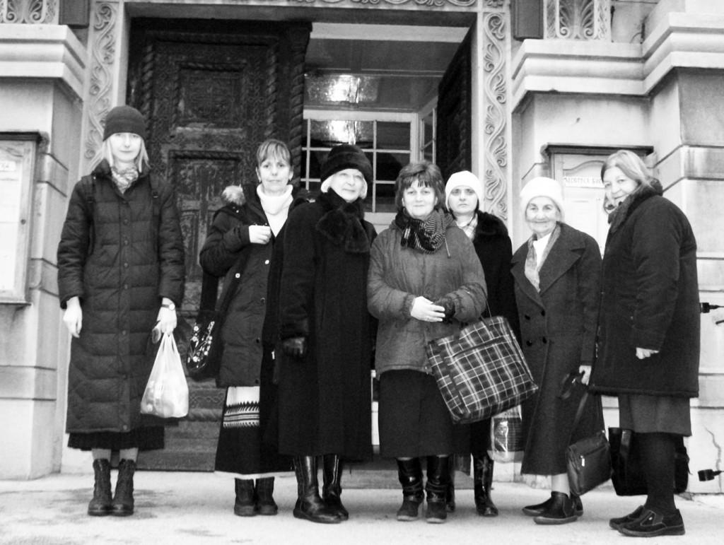 Чланице Милосрдне секције, пред посету Дому за слабовиду децу, 2011. године