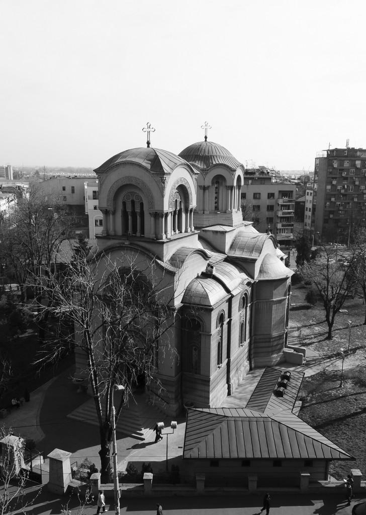 Црква Св. Александра Невског (панорамски поглед из улице цара Душана)