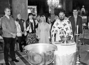 Саборно крштење катихумена на Велику Суботу 2010. године